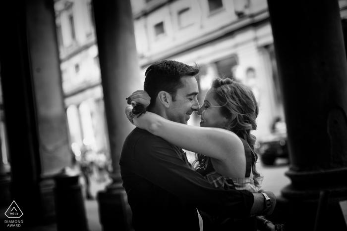 Liebe im Florenz - Engagement Fotoshooting mit einem Paar