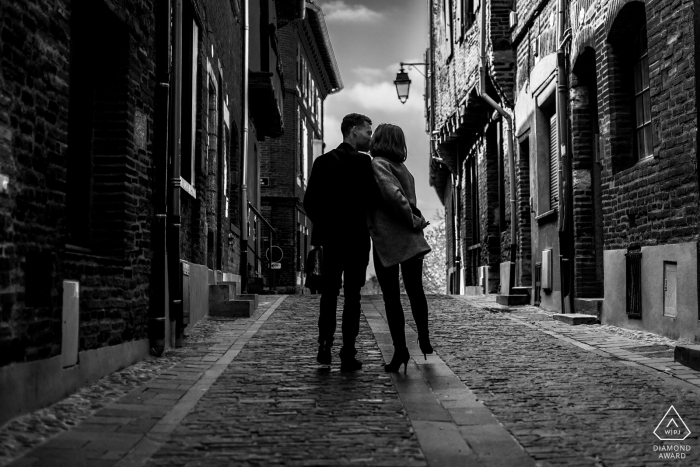 Walk in the old town of Albi in the south of France - Albi France engagement portrait session