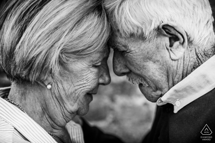 France couple face to face in black-and-white | engaged at any age