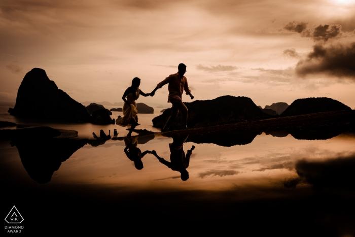 Verlobte Paare während ihres Verlobungsshootings in Sametnangsee, Phangnga