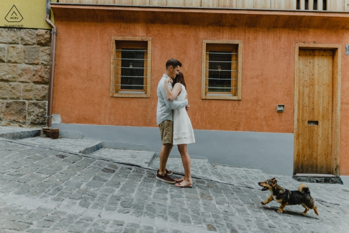 Budapest, Hungary engagement photos - The Dog come to the frame