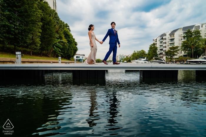 SENTOSA PRE-WEDDING ENGAGEMENT PHOTOGRAPHY