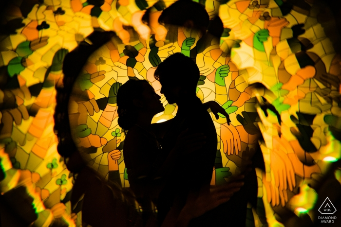 Sentosa, Singapour Réflexion avec une photo en prise avec un couple fiancé.