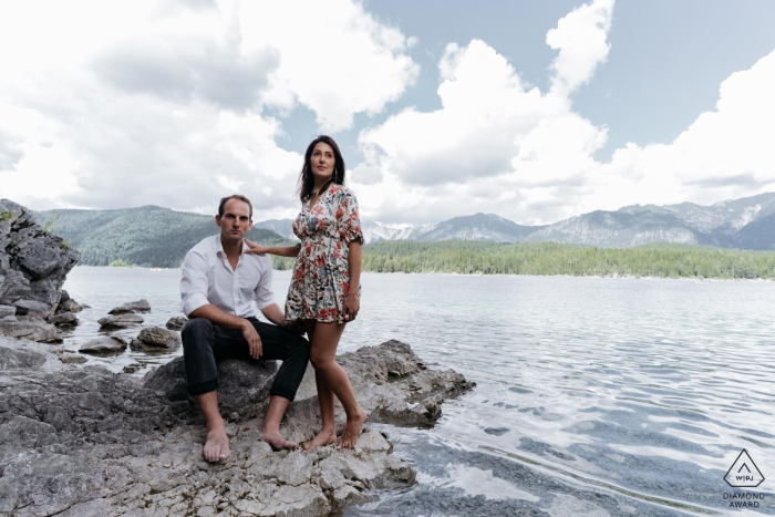 Engagement Photography for Munich couple at the lake