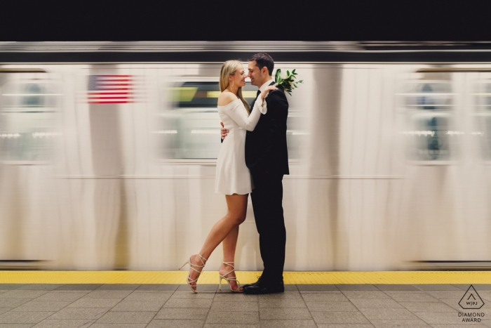 Engagement Portrait from New York - Session On the subway in New York