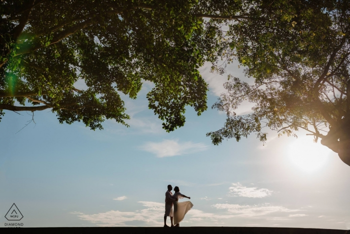 Parque da Cidade - Niterói / Rio de Janeiro | Verlobungsporträts an einem Ort, der eher wie ein Gemälde aussieht.