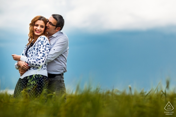 Floresti Romania Portrait Photography — Couple hugs in the fields