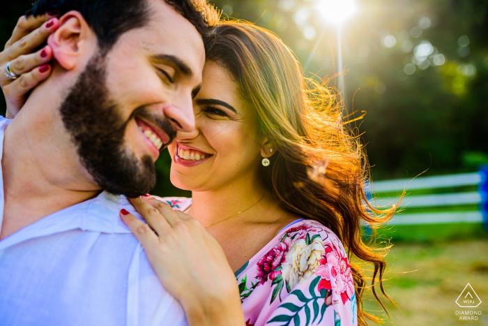 Engaged couple and the sun - Portrait Session in São Paulo - Joaquim Egidio