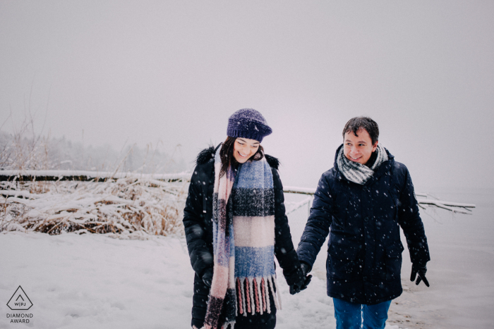 Stanberg See, München, Germany Winter Pre Wedding Image in the Snow