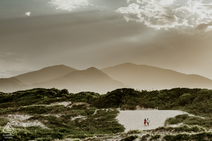 Campeche Beach, Florianopolis, SC, Brazil pre wedding portrait - Out of sight, into the heart