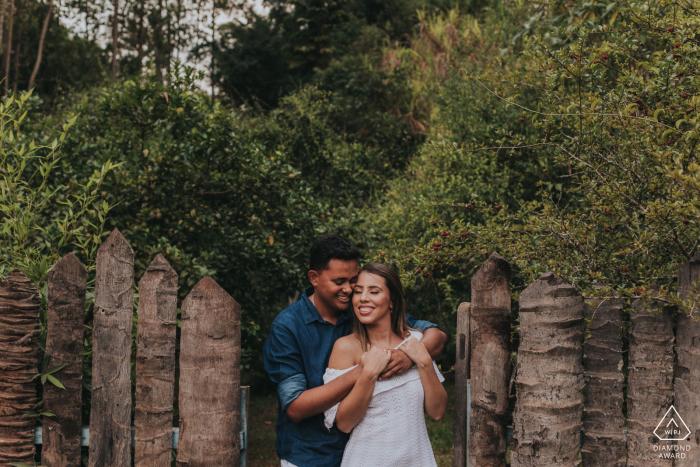Caeté Paar während der E-Session in Minas Gerais