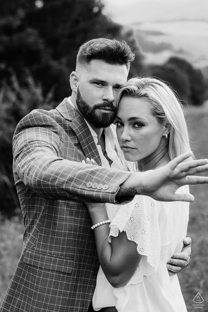 Black and white verticle couple engagement shoot shoot in Banska Bystrica, Slovakia