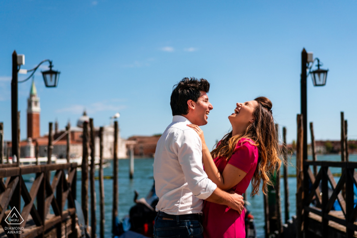 IT engagement photoshoot & pre-wedding session from Venice, Italy with plenty of Laughs