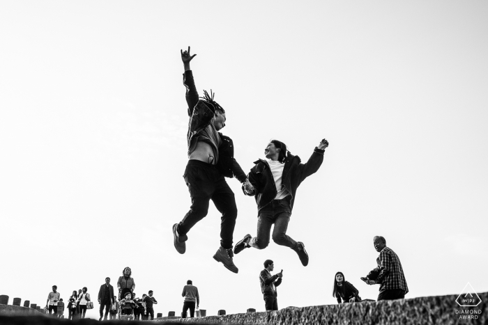 Hangzhou couple portrait in China with a BW jump over the crowd