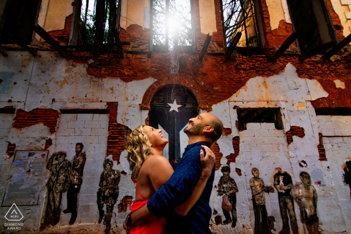 Old San Juan, PR environmental engagement e-session for a Couple in front of a very popular photo location