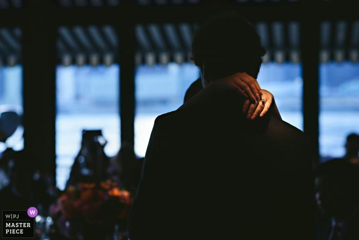 Brooklyn et New York dansent lors de la réception de mariage