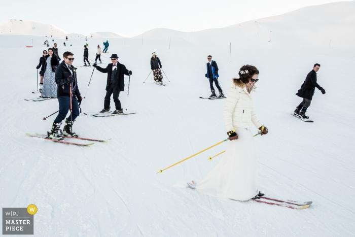 Ceremonia de montaña nevada fotografía de boda   Les Arcs, Francia