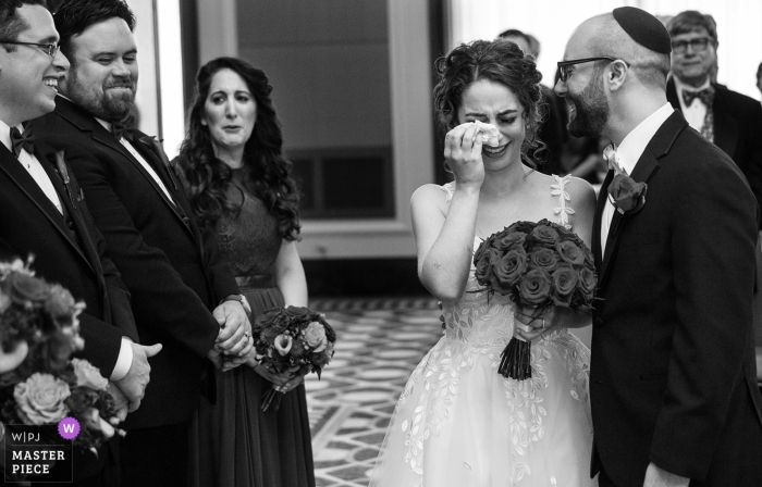 Chicago wedding shoot with a couple - Emotional ceremony with tears and tissues