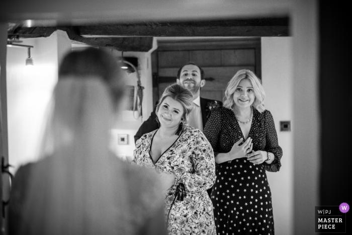 Nick Brightman aus West Midlands ist ein Hochzeitsfotograf für Stone, Worcestershire