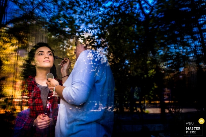 Romania getting ready with makeup documentary wedding photography at Bucharest