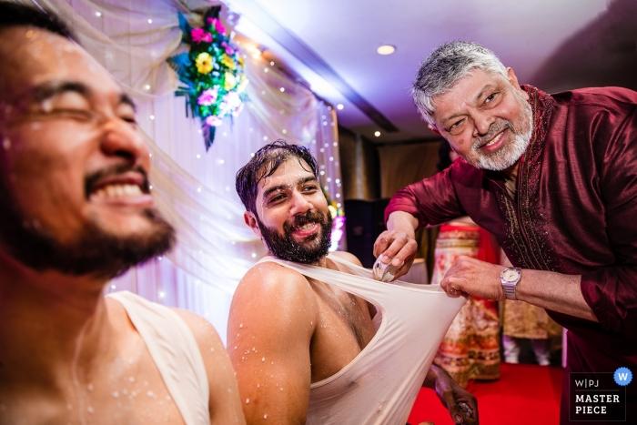 Mumbai, India Wedding photograph of the guys | Maharashtra Wedding Photography Award