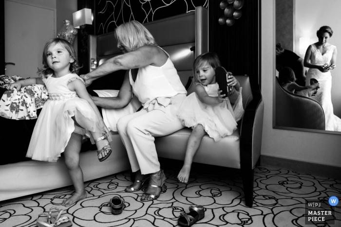 anglet Frankreich Hochzeitstag Foto von drei Generationen bereitet sich vor