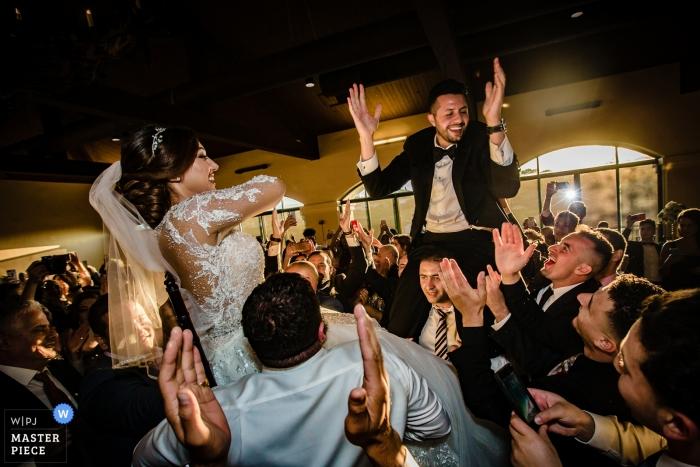 Hochzeitsfeier in San Francisco Fotos vom Hora Chair Dance