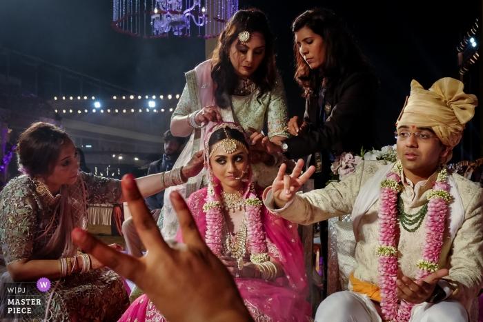 Fotos de boda de Mumbai, India | Fotografía que muestra la función de la boda india.