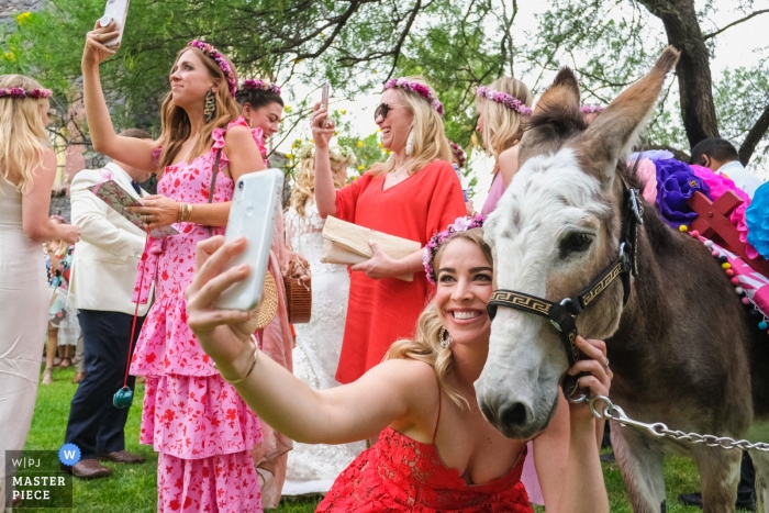 Casa Hyder wedding photography | Wedding guests take photos with their phones after the ceremony.