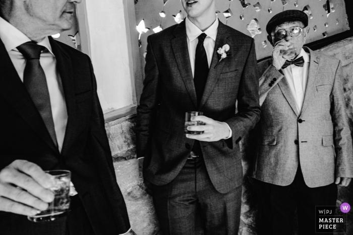Vila Relicario Photography showing Gentlemen Having Drinks.
