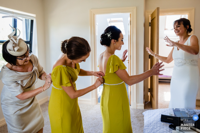 Ashley Park House, Ireland Documentary Wedding Photography | Dressing the bridesmaids / rock the boat!