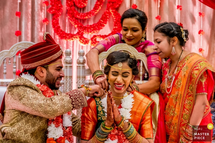 Novi Sheraton Hotel, Novi, MI Photographer - A wedding gift for the bride during the Hindu wedding ceremony.