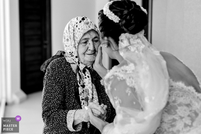 Çanakkale-Aqua Hall Wedding Photos - Bride with Love of Grandmother