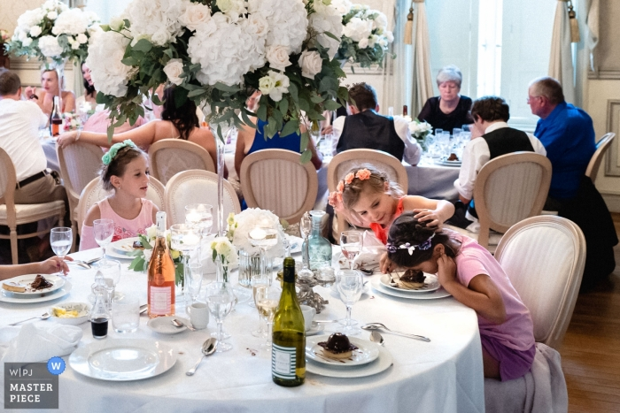 Chateau Allure du lac - Wedding Photography - Bad joke from this little girl. Cake smash to the face.