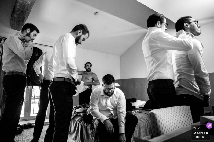 Getting ready, groom with his friends - Wedding Photographer for Château des broyers