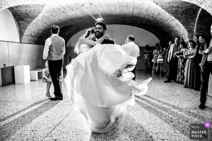 Wedding Reception Photos from Villa Zanchi, Stezzano, Italy - dancing bride and groom