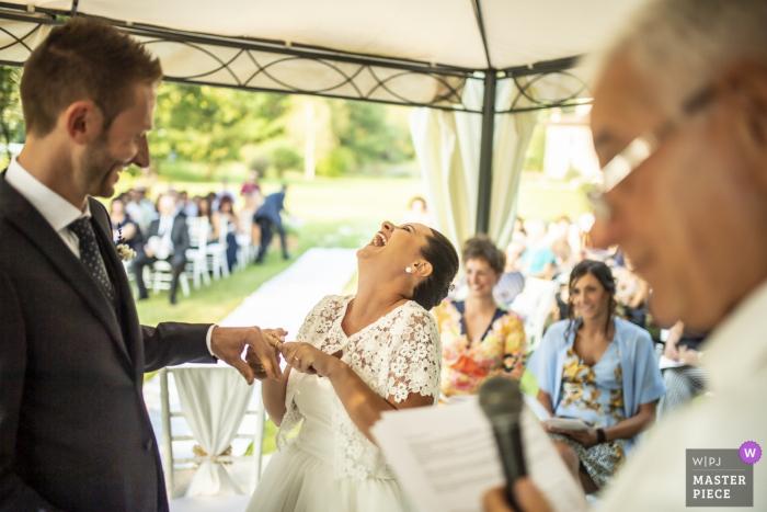Villa Casa Forte Bisone Cisano Bergamasco - Fotografie van de huwelijksceremonie met ringen