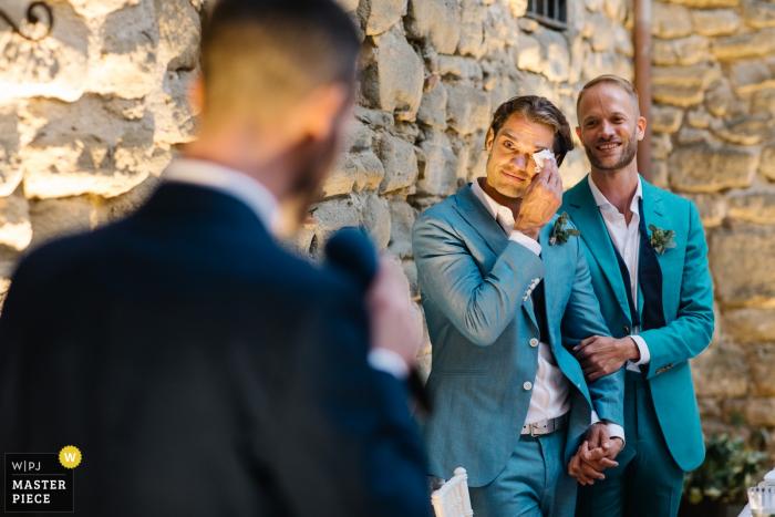 Castello di Rosciano, Umbrië, Italië Foto's - Bruidegoms tijdens spraak