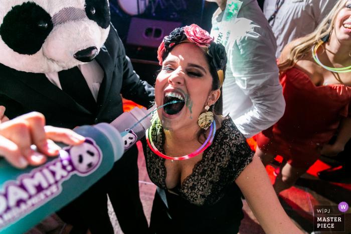 Venezuela wedding photography at the reception venue - Missed shot! Dance floor drinking party!