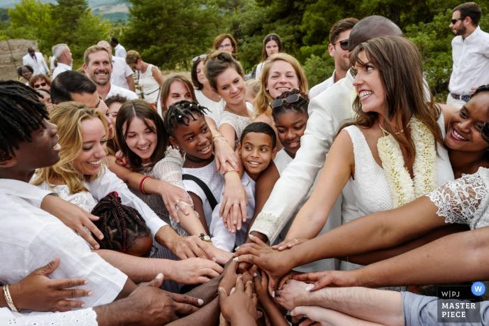 Vesc, France wedding photographer — Families and friends love