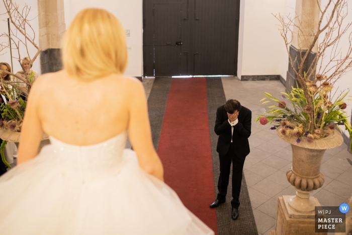 Hotel Asmundo di Gisira - Catania - Włochy Fotografia ślubna - Pierwsze spojrzenie panny młodej i jego ojca