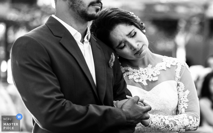 Brazil outdoor ceremony photography - Love feeling, bride and groom at the wedding