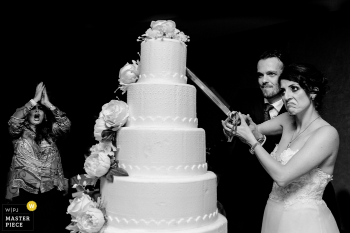 Akra Barut Hotel wedding venue pictures - The Bride and Groom Cut The Cake