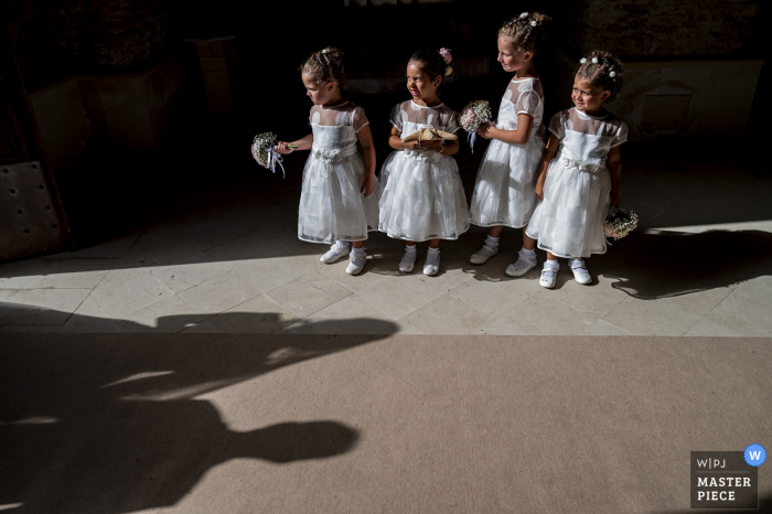 reggio calabria wedding pictures - the bride arrives at the church