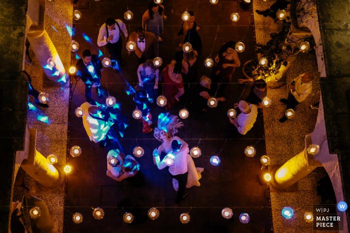Hotel Antonieta, Oaxacawedding photographer: The bride and groom on the dance floor