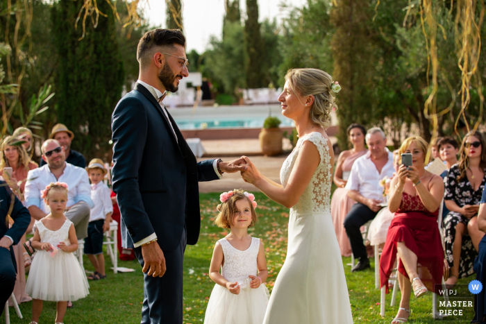 Ceremony photography, Marrakech - My mom is a princess at the outdoor wedding