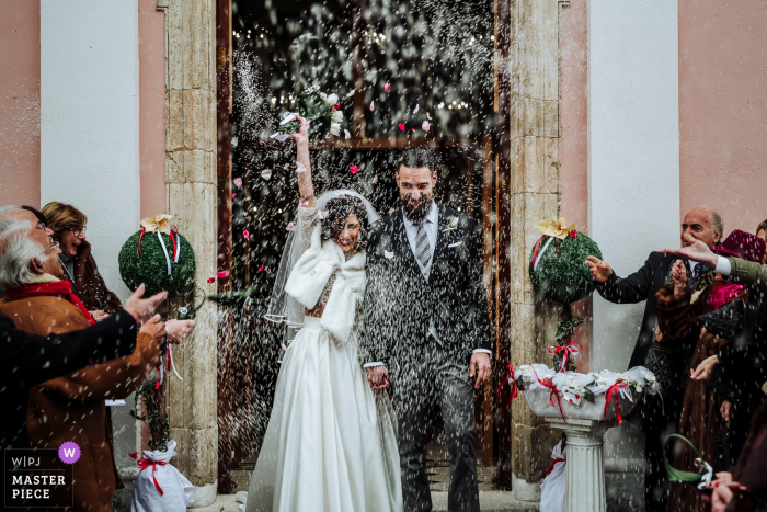 Cosenza exit of the spouses from the church - Wedding day photography