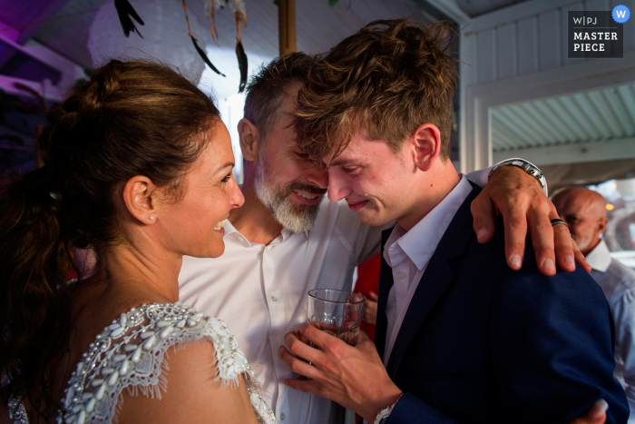 Zandvoort Safarilodge, wedding venue photo of bride and groom with son happy teardrop