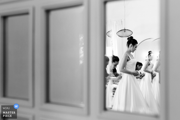 Turkey wedding photography from Istanbul showing the wedding gown passes on from one sister to other