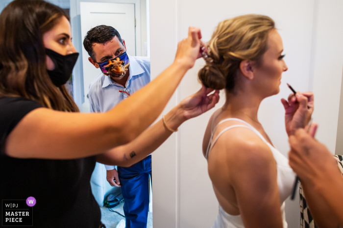 Sunnyvale wedding photography | man dropping by with a cute mask on